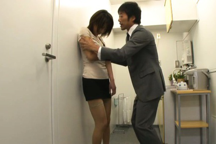 Yuki ooe. Yuki Ooe Asian has fish taco licked under short skirt by her boss