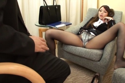 Saki hatsuki. Saki Hatsuki Asian rubs her twat in stockings